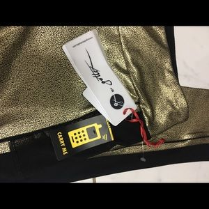 Gottex Pants - Brand new / gottex gold wrinkle print leggings
